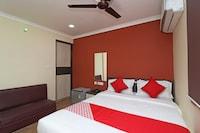 OYO 18546 Badsha Inn Deluxe