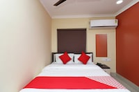 OYO 18546 Badsha Inn