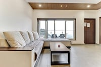 OYO Home 18576 Elegant 3BHK