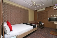 Capital O 18582 Hotel Heaven