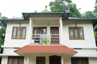 OYO Home 18583 Aby's Cottage 3BHK