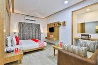 OYO 18585 Hotel Rajdhani