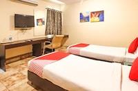 OYO 18592 M Hotel