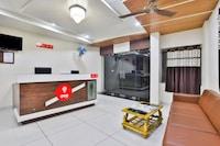 OYO 18623 Bansidhar Suite