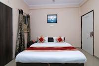 OYO 18625 Prem Hotel