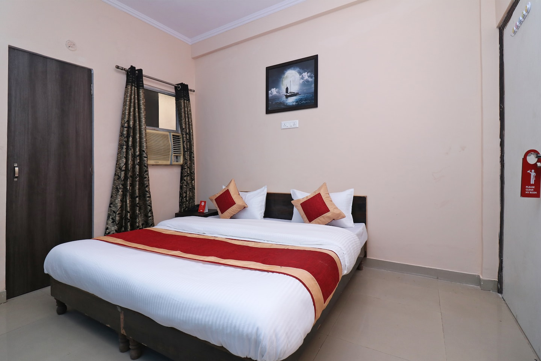 OYO 18625 Prem Hotel -1