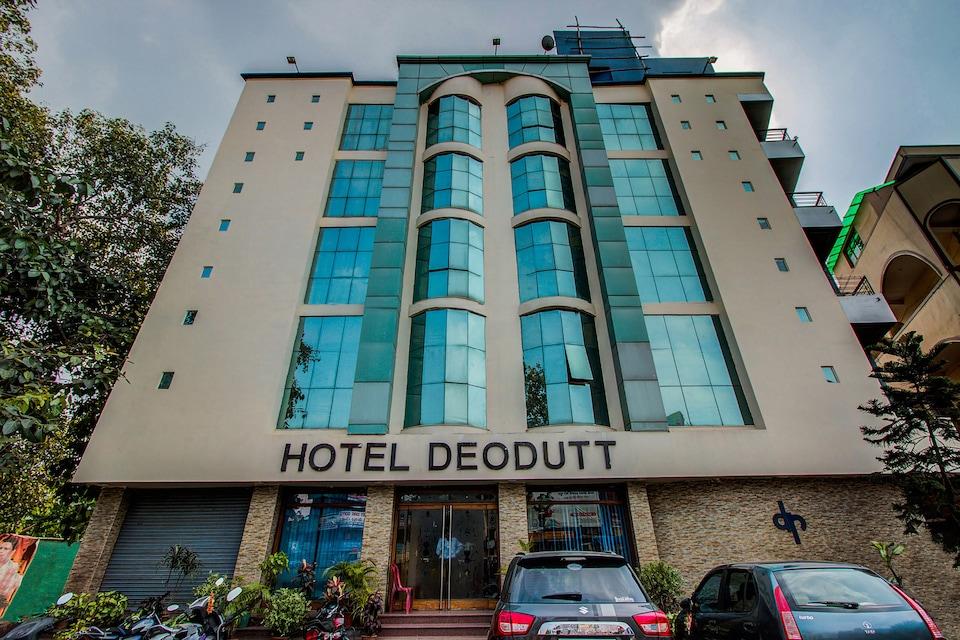 OYO 18646 Hotel Deodutt