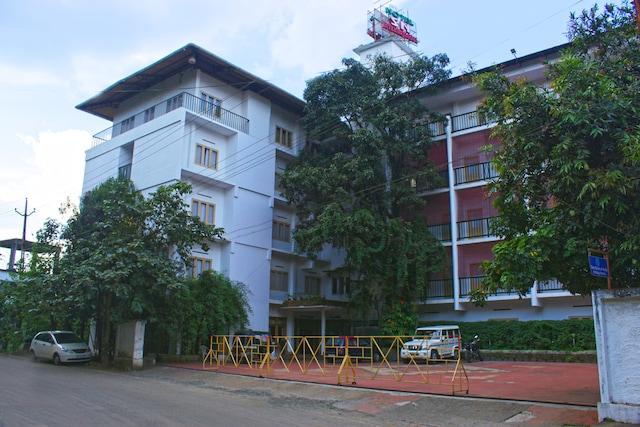 OYO 2887 Hotel SN International
