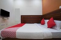 OYO 18652 Hotel Golden Shah Saver