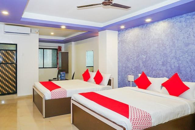 OYO 18653 Hotel Swami Samarth