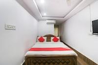OYO 18658 Hotel Royal Green Suite