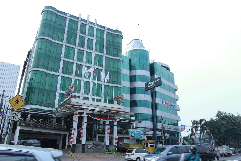 Capital O 126 Business Hotel -1