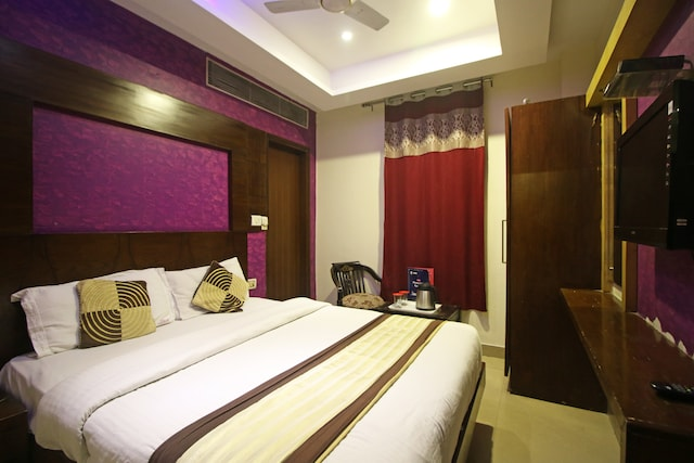 OYO Rooms 360 Main Bazar Paharganj