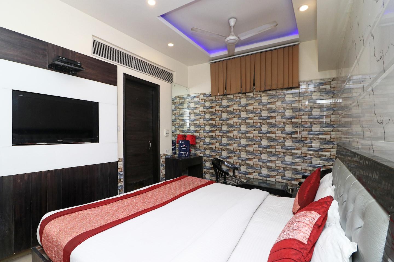 OYO 2894 Hotel Guru Vas Inn -1