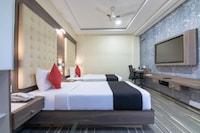 Capital O 18788 Phoenix Hotel & Resort