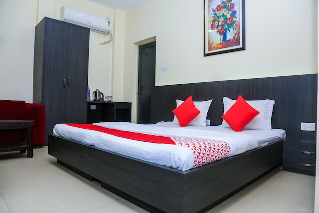 OYO 18812 Charulata The Boutiqueguest House
