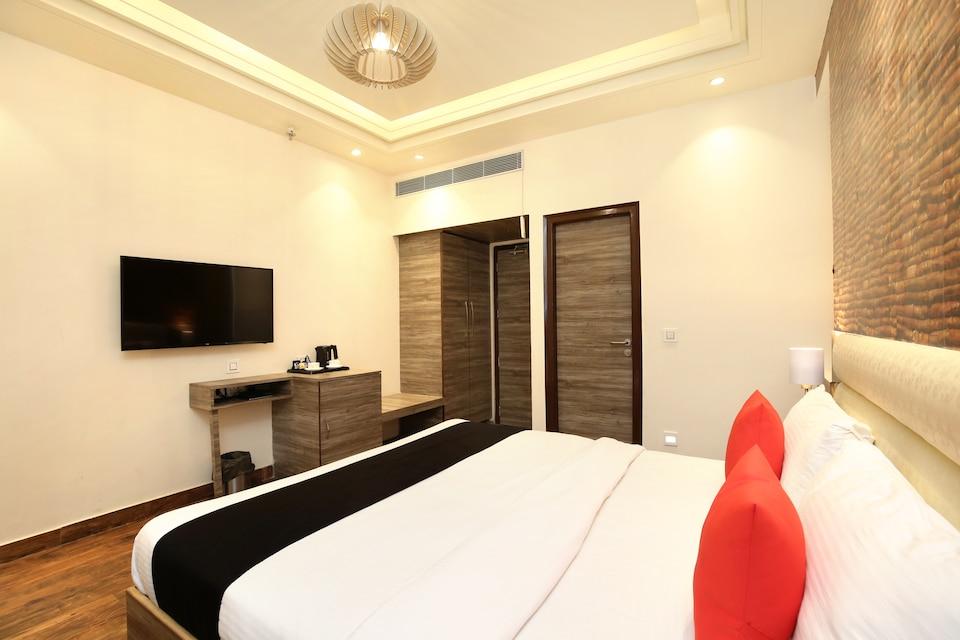 Capital O 18835 Arista Hotel
