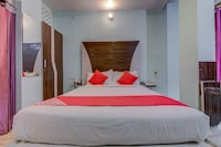 OYO 18873 Hotel Comfort Deluxe