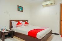 OYO 131 New Mg Hotel