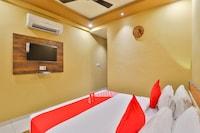 OYO 18903 Somchandra Hotel