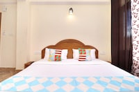 OYO Home 18960 Tranquil Stay