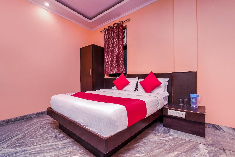 OYO 18997 Hotel Km International -1