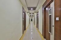 OYO Flagship 19003 Hotel Rudra Mahal