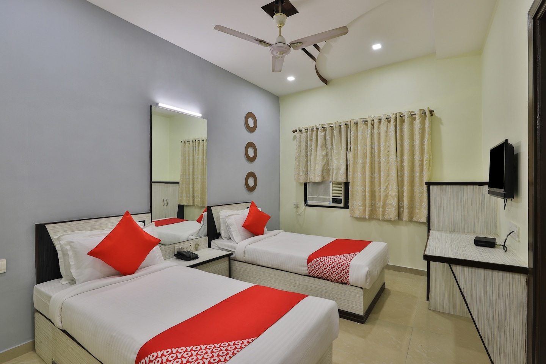 OYO Flagship 19003 Hotel Rudra Mahal -1