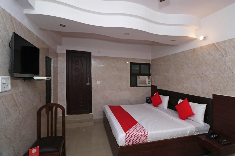 OYO 19004 Hotel Gagan -1