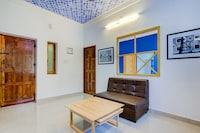OYO Home 19017 Cosy 1BHK