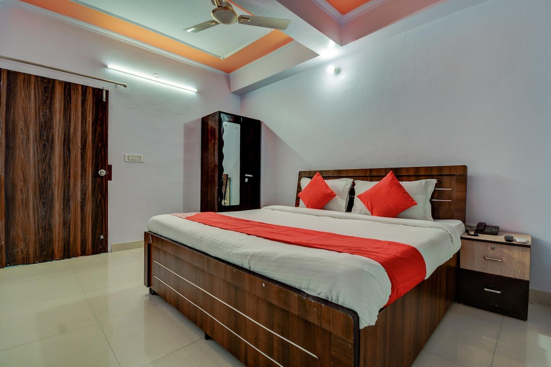 OYO 19036 Hotel Royal Raj -1