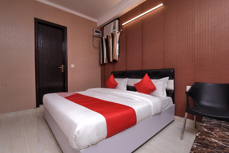 OYO 19132 Elite Hotels -1