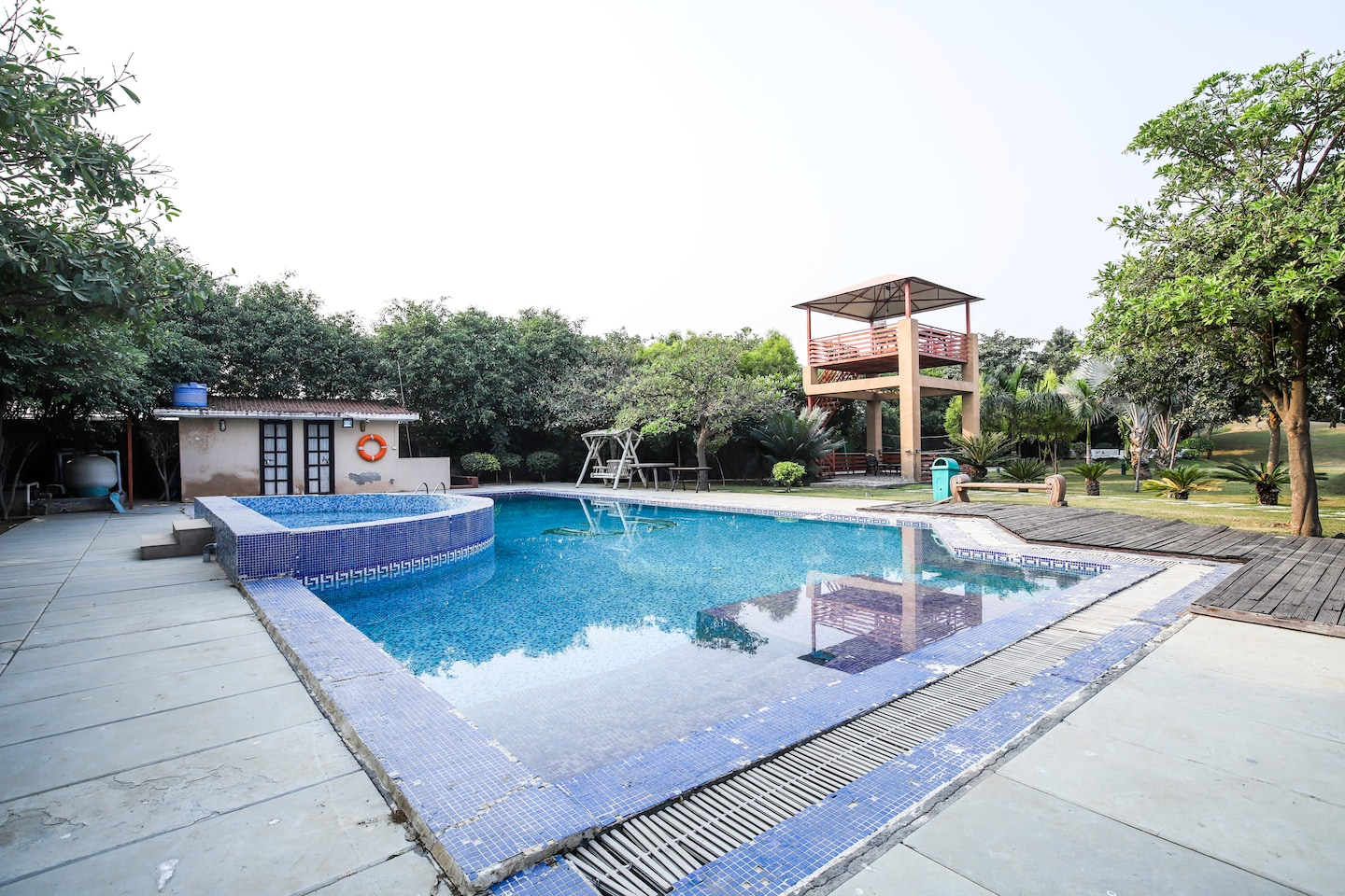 🏘️2BHK for House Parties with Pool 🏊 19173 -1