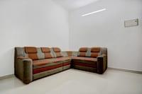 OYO Home 19167 Modern 2BHK Infopark