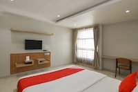 OYO 19307 Hotel Season Choice