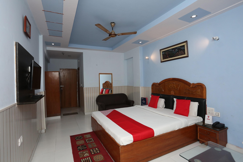 OYO 19320 Hotel Chanakaya
