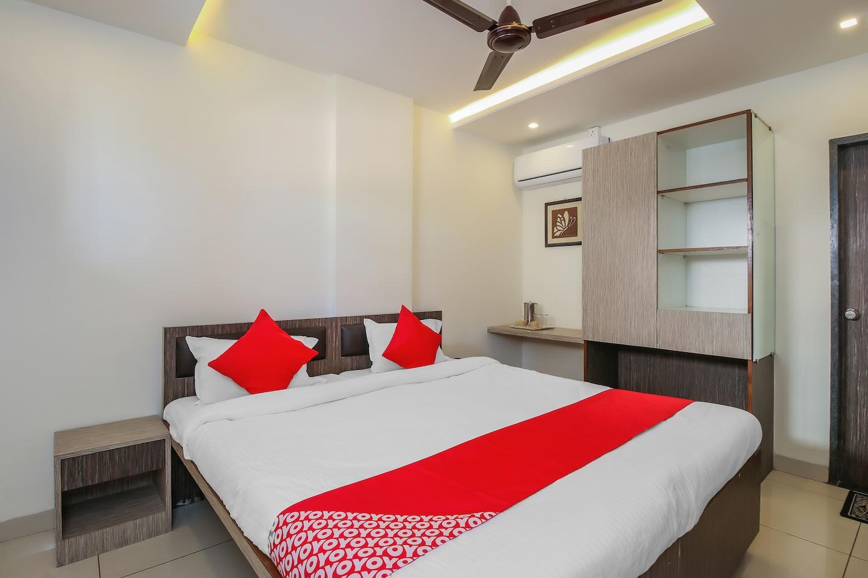 OYO 19321 Hotel Surya Comforts -1