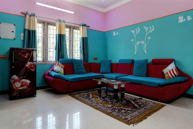 OYO Home 19345 Colourful 2BHK