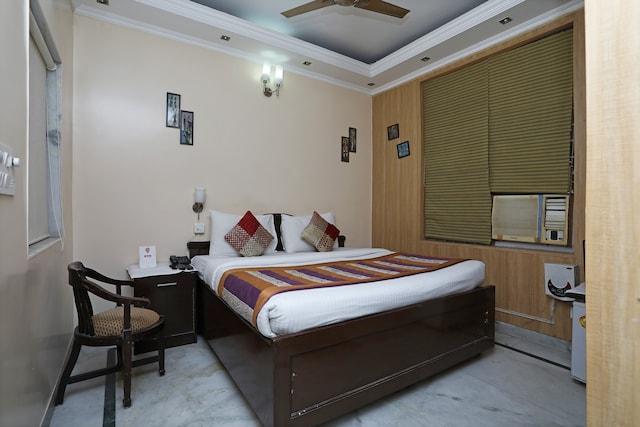 OYO 9298 Hotel Sands Inn
