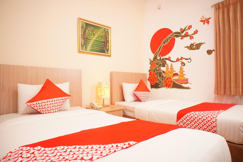 OYO 142 Hotel Al Furqon Syariah -1