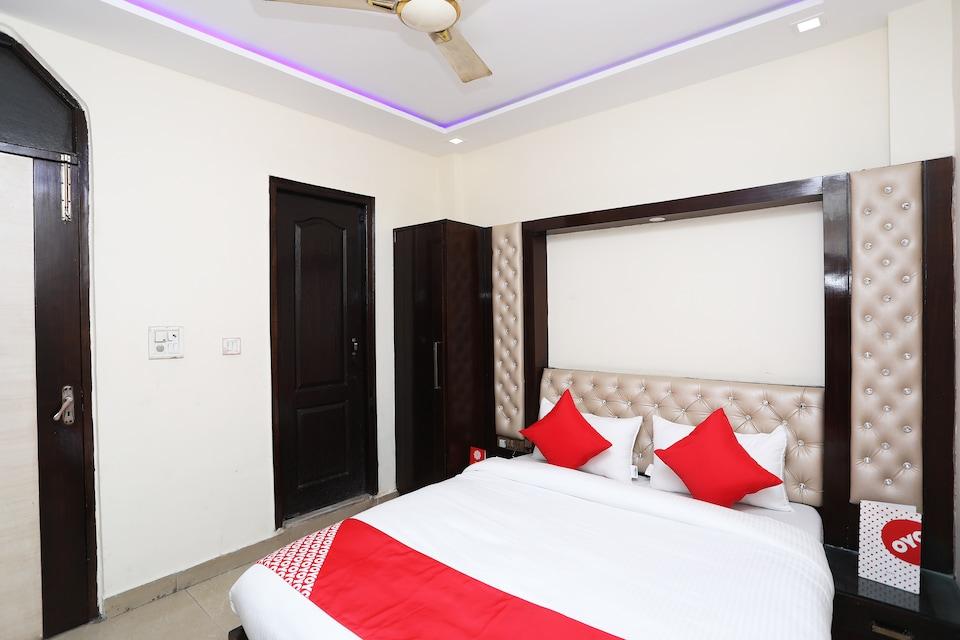 OYO 19475 Vijay Inn