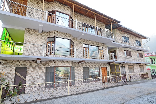 OYO 19560 Home Serene 2BHK Cottage Khurpatal