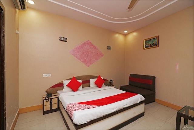 OYO 2962 Hotel Sheel Gopal Vision