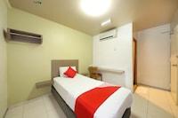 OYO 434 Marbella Hotel