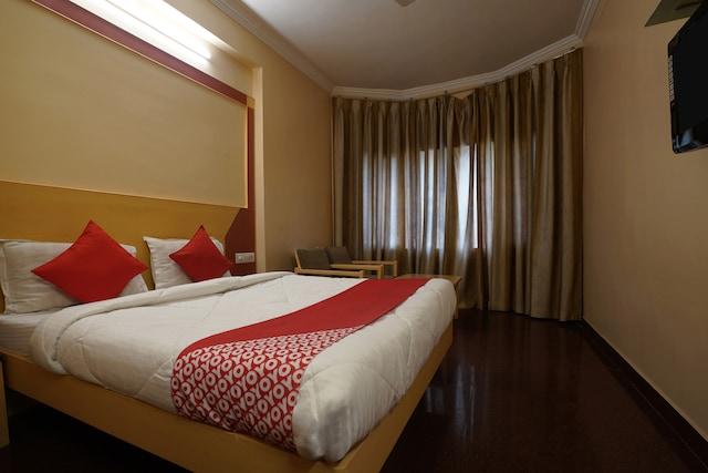 OYO Flagship 19581 Hotel Raj Classic MG Road