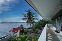 OYO 19715 Island House Marine Drive