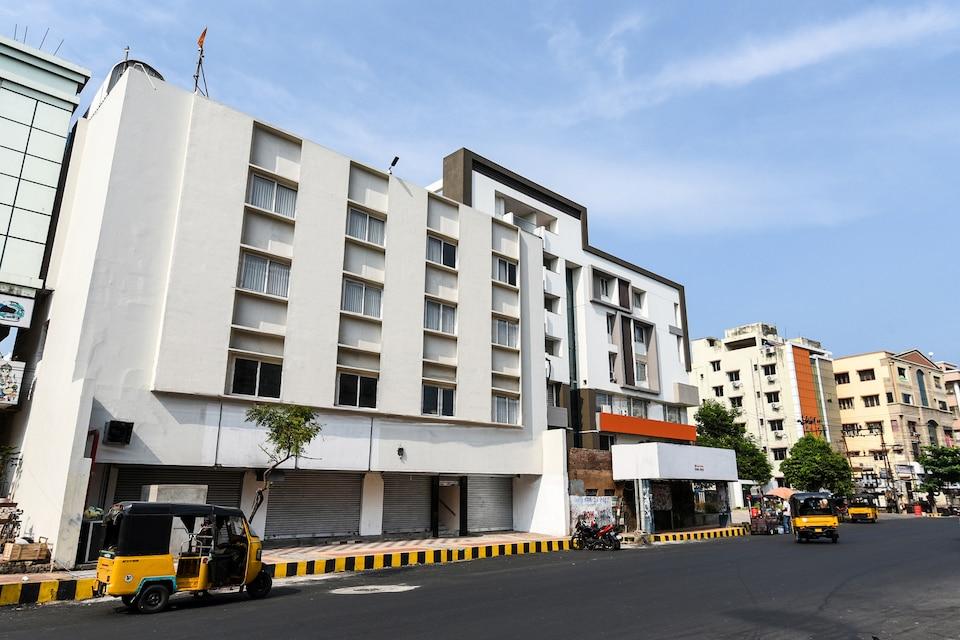 OYO 19798 Akshara Inn, Transit Vizag, Visakhapatnam