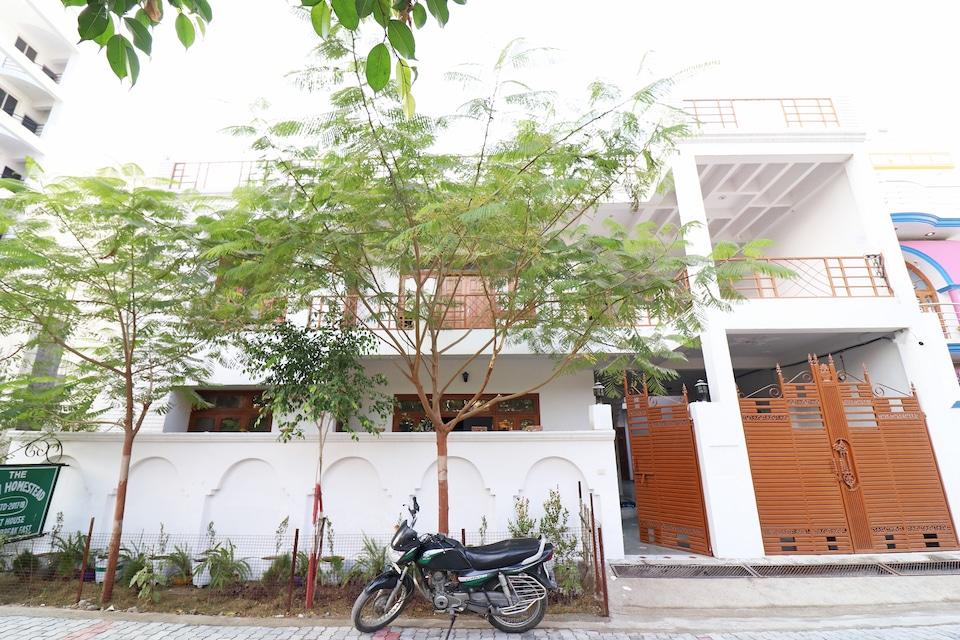 OYO 19799 Rishi Homestead
