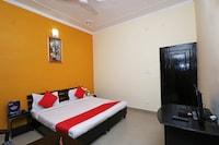 OYO 19848 Hotel Saraswati Palace