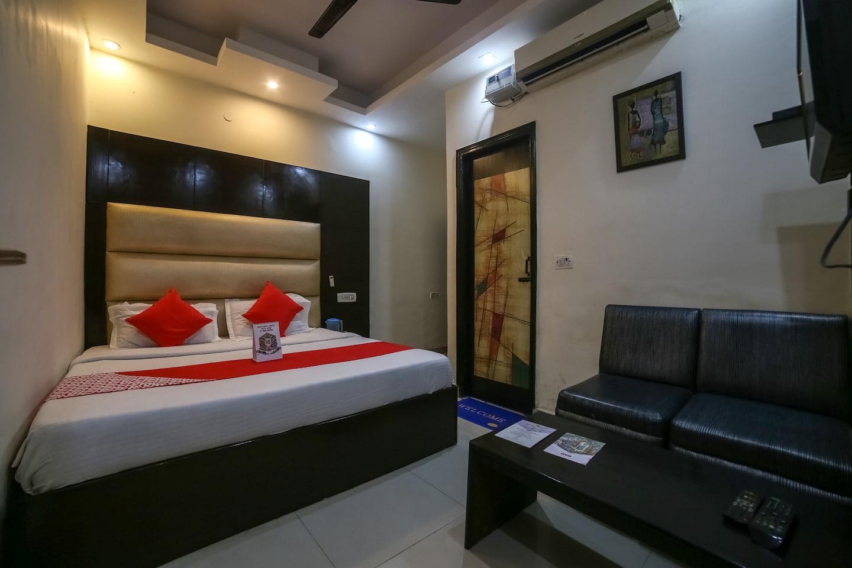 OYO 19875 Hotel West Delhi Inn -1